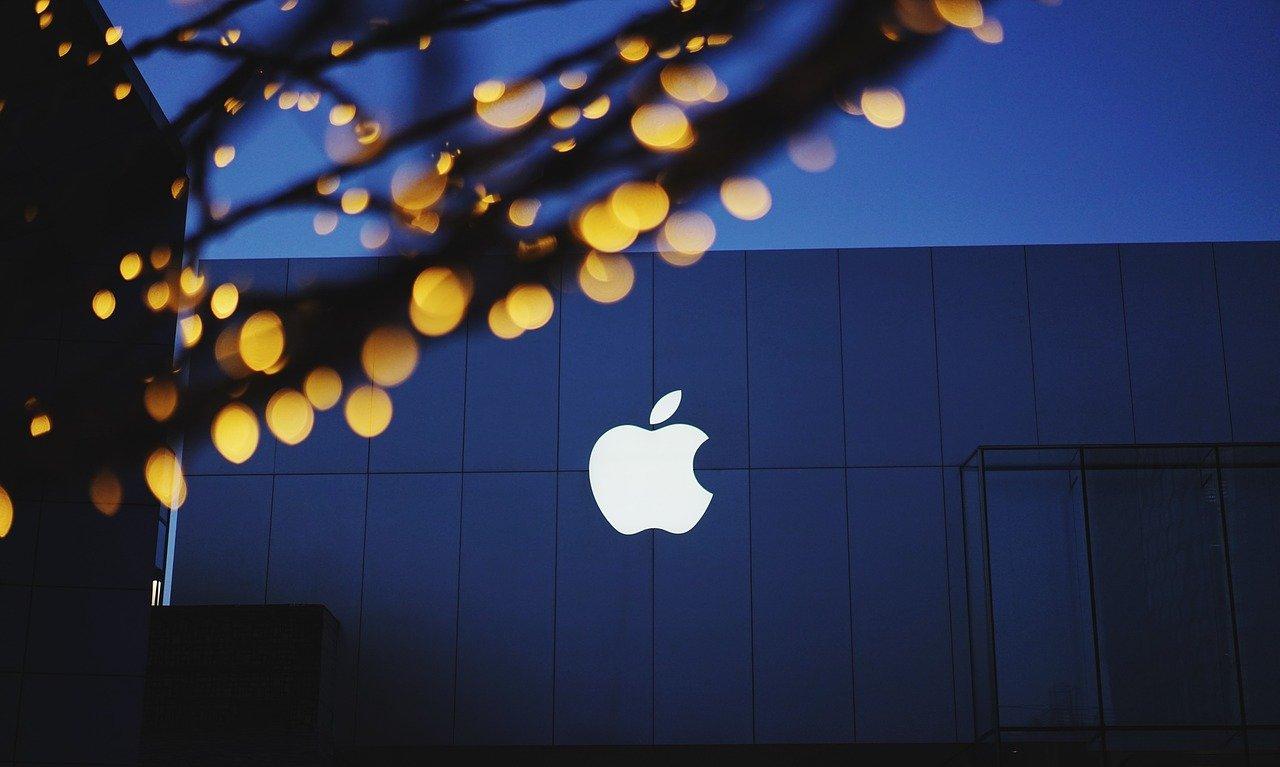 Η επόμενη μεγάλη κίνηση της Apple θα πρέπει να είναι στο bitcoin, προτείνει η αναφορά