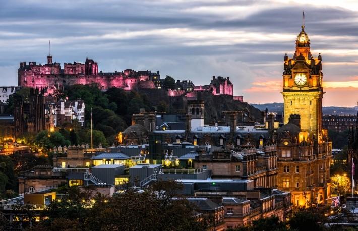 Edinburgh(Shutterstock)